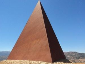 """""""Piramide della luce"""""""
