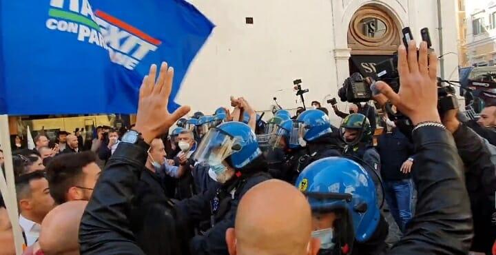 Tra Covid e proteste ultima voce