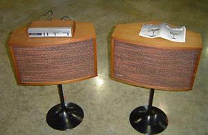 Opas Traum in den Siebzigern: die Bose 901-Series Lautsprecher mit Steuergerät.