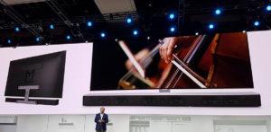 Die Soundbar kann bei Samsung in Zukunft mit aufgehängt werden.
