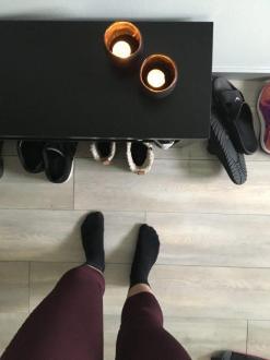 Schritt 1: Schuhe aus