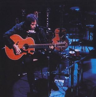 Neil Young - Unplugged (1)