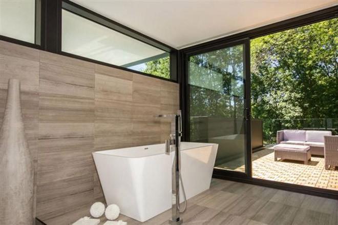 5.3-Million-44-Belvedere-Residence-in-Canada-12