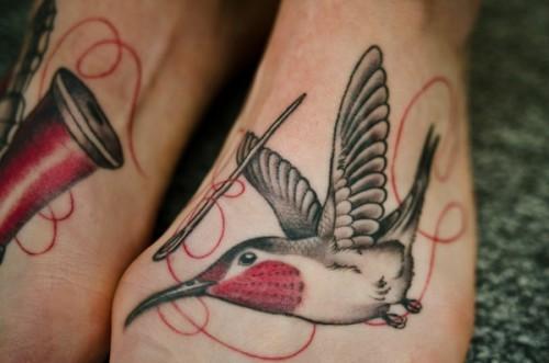 hummingbird-foot-tattoo