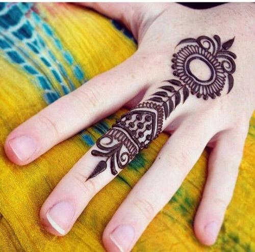 simplest henna designs for finger