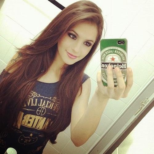 damn-hot-selfie