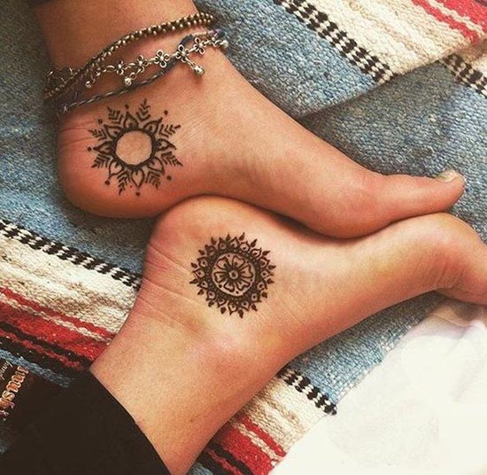 simple henna tattoos designs for feet