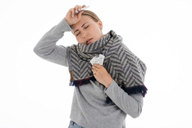 signs of weak immune system