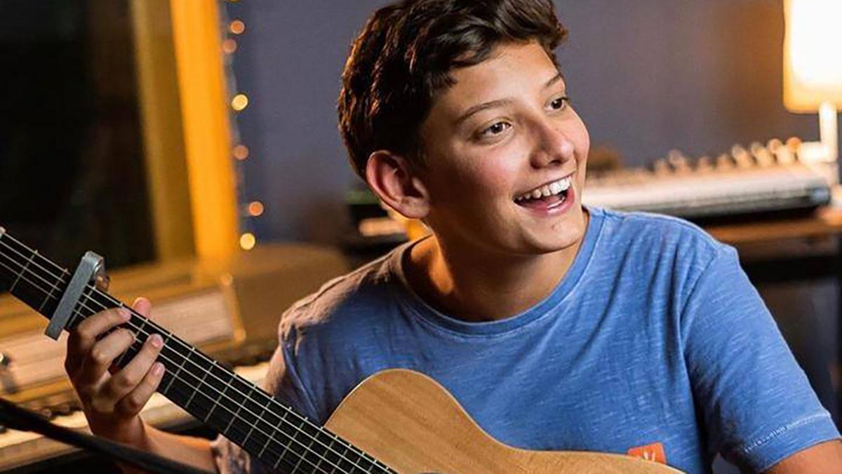 João Napoli cantor The Voice Kids entrevista