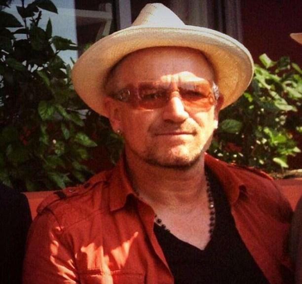 Bono afirma que álbum novo está quase pronto e dá a entender que U2 fará shows em 2014