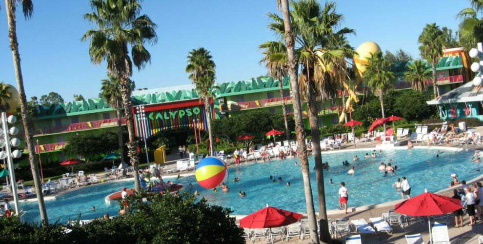 Novos horários e reformas de piscinas nos resorts All Star da Disney World