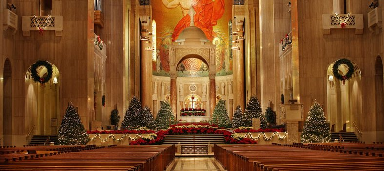 basilica-of-the-national-shrine-of-the-immaculate-conception-holiday-display_credit-basilica