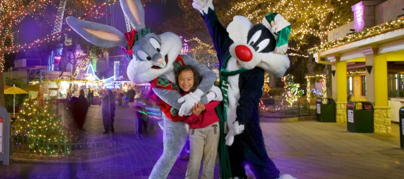 looney-tunes-at-six-flags-america-holiday-in-the-park_credit-six-flags