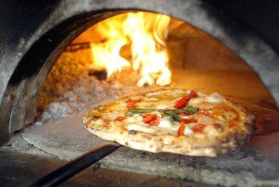 pizza forno a legna pizza&ant