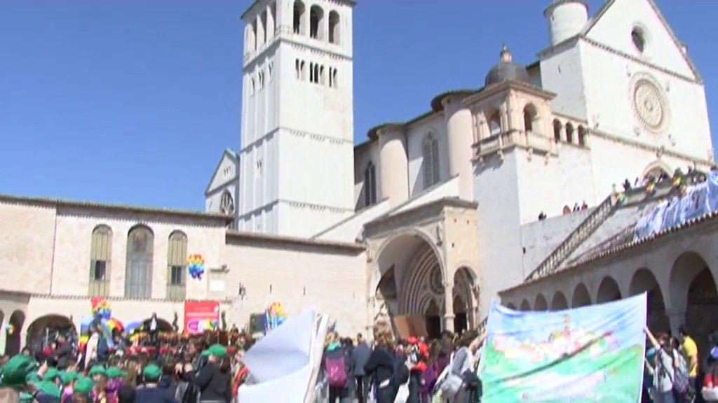 3000 giornai ad Assisi (6)