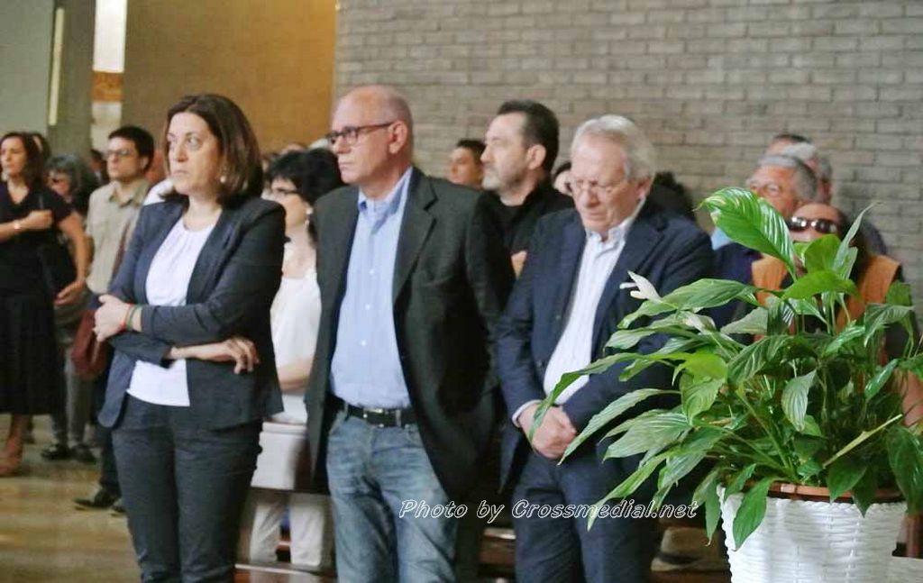 Funerali Sergio Piazzoli - con presenza Patrizia Marcagnani (8)