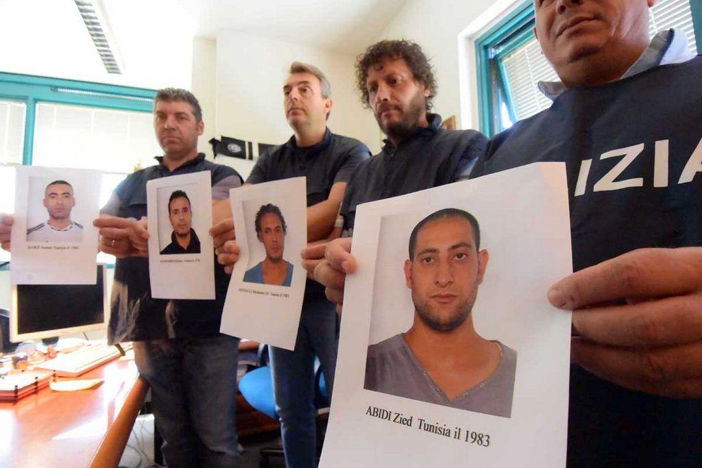 PoliziaARRESTAquattroTUNISINIperugia11