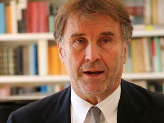 Brunello Cucinelli vuol fare il monaco part time, intervista a TV2000