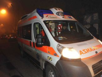 Tenta di rubare un'ambulanza dall'ospedale, era ubriaco, denunciato
