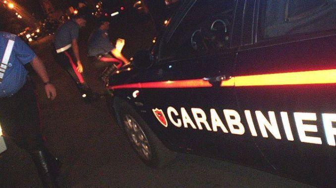 In compagnia di prostituta, multa di 450 euro per 57enne