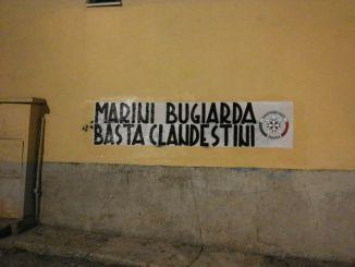 Marini bugiarda, basta clandestini: striscioni di CasaPound a Perugia
