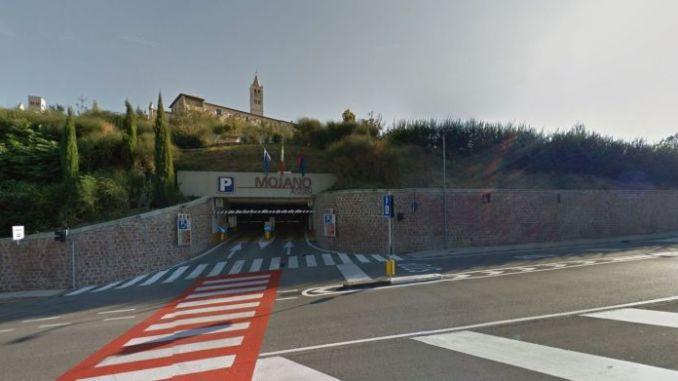 Parcheggio di Mojano ad Assisi, sarebbero 4 gli indagati per abuso