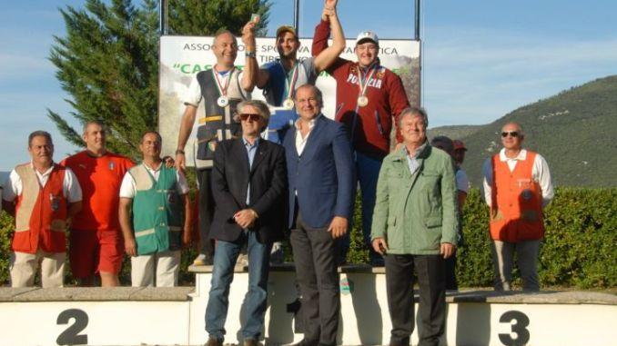 il vincitore dell'eccellenza Michael Palmieri con il presidente nazionale FITAV, il vice Presidente Coni Umbria Moreno Rosati e il presidente regionale Fitav Ermanno Cicioni