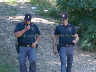 Con cinque ovuli di marijuana al parco della Verbanella a Perugia, arrestato