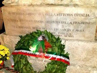 Grande Guerra: Casapound, rose e corone sui monumenti