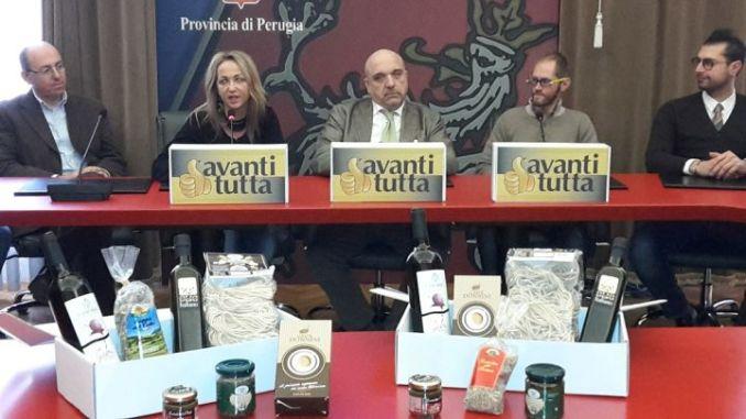 al centro, da sx, Roberta Finelli, Roberto Bertini e Leonardo Cenci