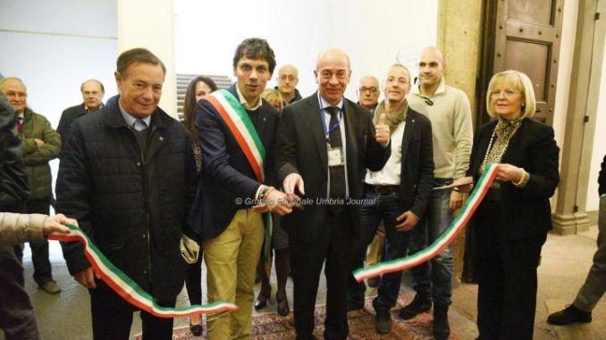 """Il progetto Cuore non si ferma, a Perugia, inaugurata una colonnina """"salva-vita"""""""