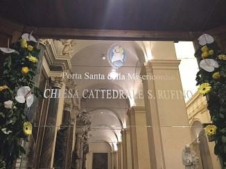 """Aperta Porta San Rufino """"Abbiamo tutti bisogno di perdono"""""""