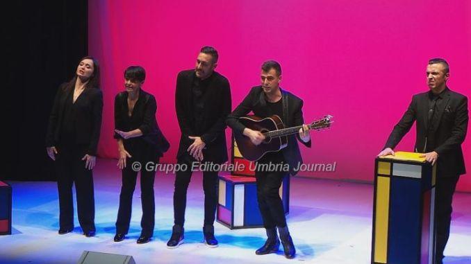 """The Human Jukebox"", al Teatro di Bastia gli Oblivion, un mangianastri umano"