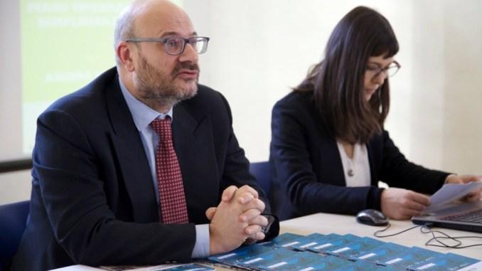 Liberati, M5S, Bartolini deve rispondere su amianto, invece va Trento