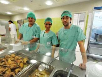Dopo 20 milioni di pasti, va in pensione il cuoco dell'Ospedale di Perugia
