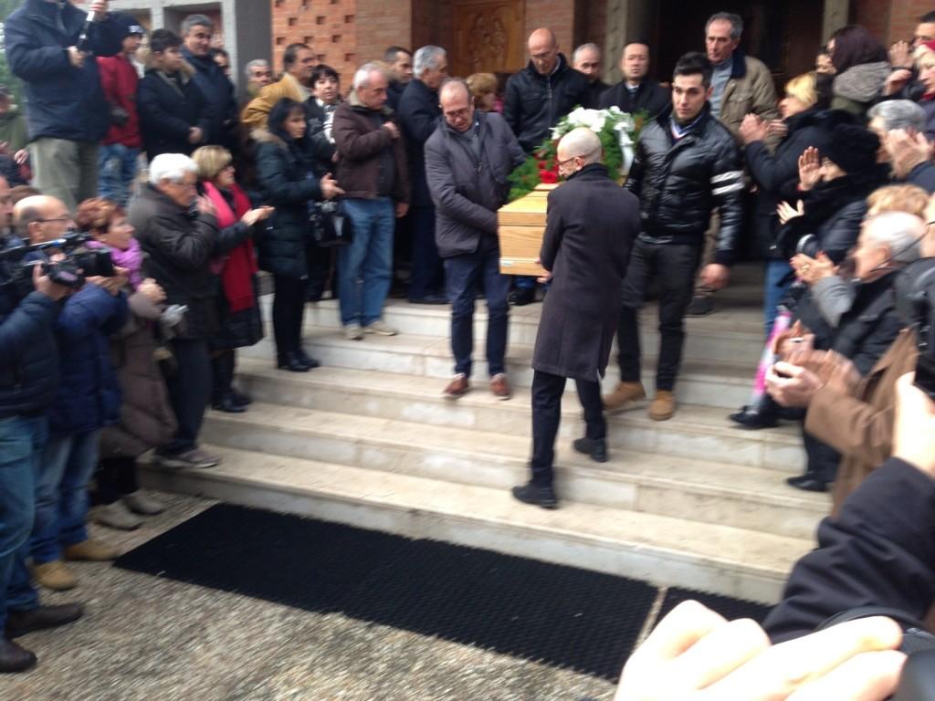 """Donna accoltellata, sindaco Bacchetta: """"Amministrazione è vicina alle famiglie"""""""