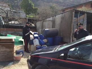 Ruba gasolio ma i Carabinieri lo scoprono e lo denunciano