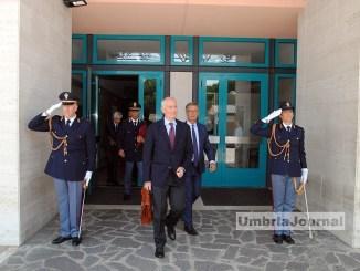 Il Capo della Polizia, Franco Gabrielli in questura a Perugia