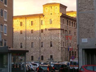 Tari a Terni, tariffe per uso non domestico alle stelle