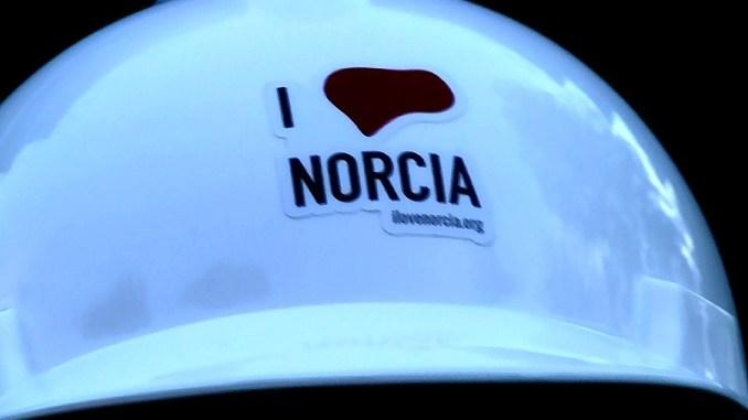 Scarponi, Ncd, I love Norcia prodotti su Amazon, perché no?