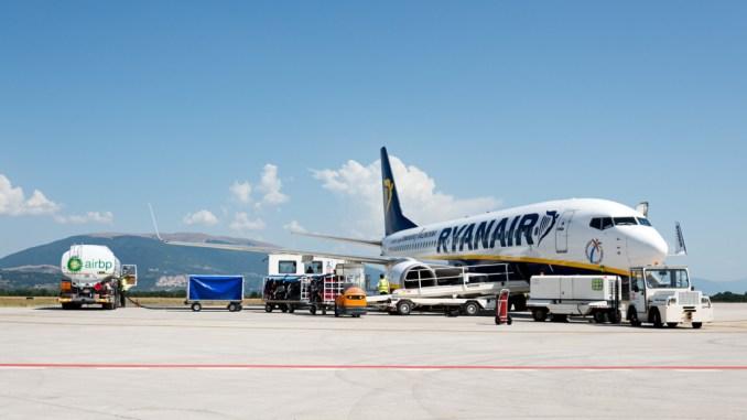 Aeroporto pianificare una linea aerea per l'Olanda, servono 3 milioni l'anno