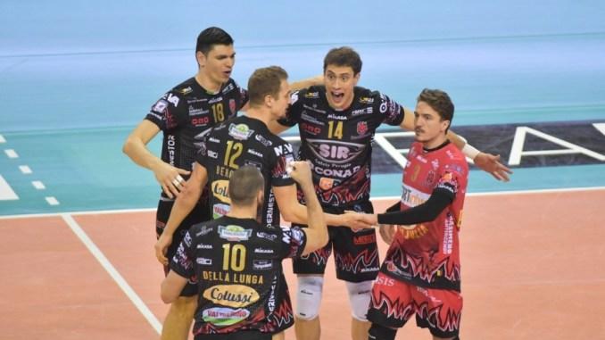 Guarda a Ravenna dopo la vittoria di ieri sera la Sir Safety Conad Perugia