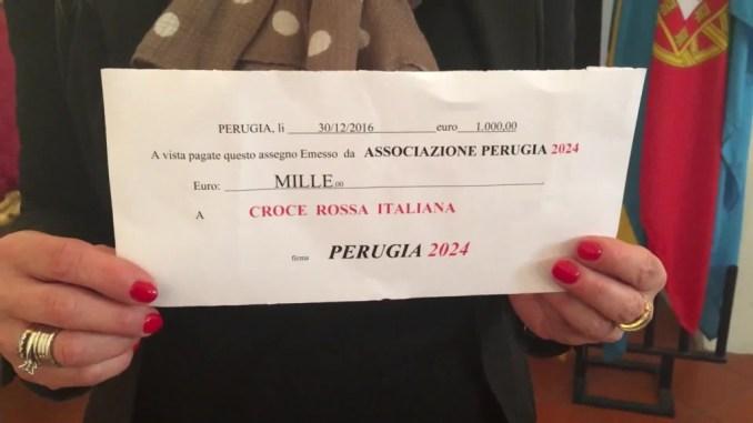 Donati alla Croce Rossa mille euro raccolti dall'associazione Perugia 2024 per Norcia
