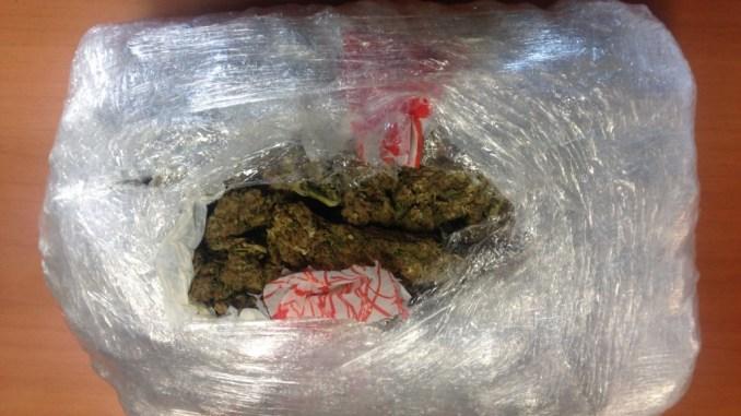 Aveva un chilo di marijuana, fermato dai carabinieri ad Assisi
