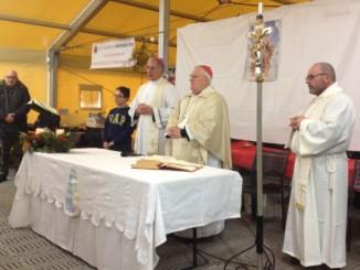 San Pellegrino di Norcia, cardinale Gualtiero Bassetti in visita ai terremotati