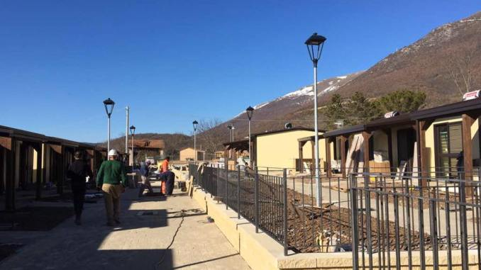 Terremoto, 300 casette non ancora pagate al costruttore che rischia di fallire