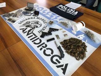 Spaccio di droga, polizia di Terni arresta ternano di 35 anni e altri 5