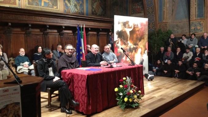 Perugia, Cardinale Ravasi accolto da una moltitudine di persone