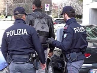 Perugia, minaccia la compagna con cacciavite, arrestato un giardiniere