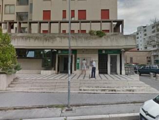 In quattro tentano rapina Casse di risparmio dell'Umbria a Terni, subito arrestati